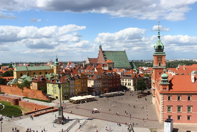 Польща послаблює карантин