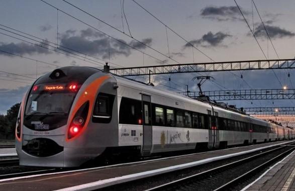 В уряді представили план відновлення роботи транспорту