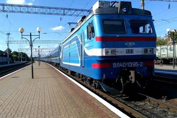 На заході України рух пасажирських поїздів відновлять з 4 червня