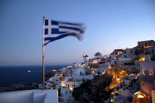 Греція відновить туристичний сезон із середини червня