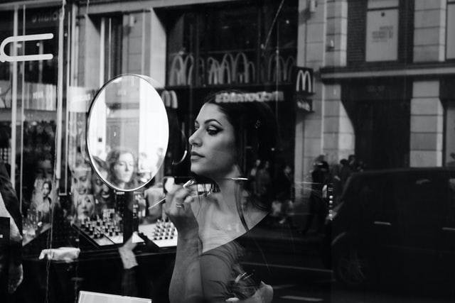 Мерія Львова оприлюднила вимоги для відкриття перукарень і салонів краси