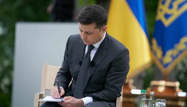 Зеленський відповів на петицію щодо недопущення примусової вакцинації