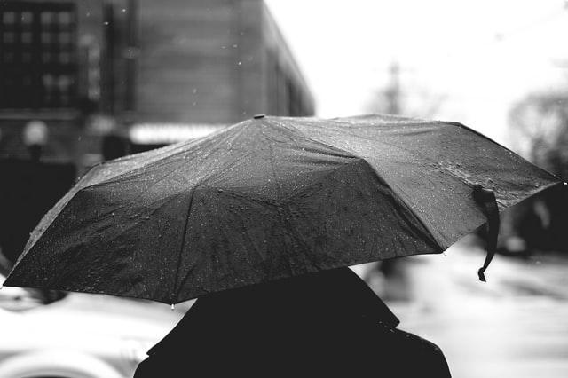 У Львові та області оголосили штормове попередження