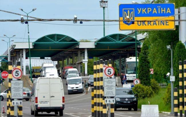 Україна відкрила всі пункти пропуску на кордоні з ЄС