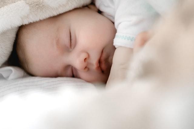 На заході України батьки дали дитині ім'я Зеленський