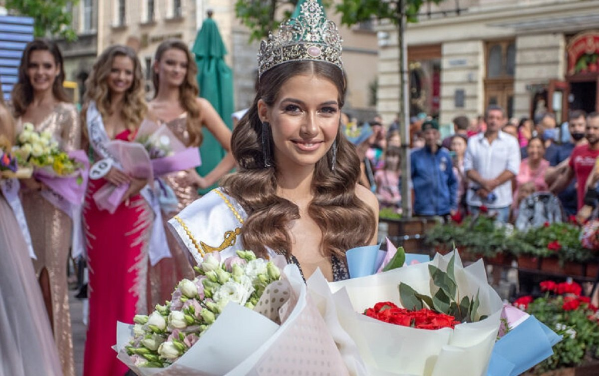 «Міс Львів-2020» стала 18-річна Юлія Гоцак