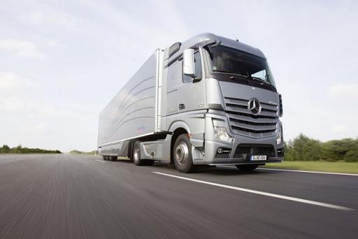 В Україні вводять цілодобовий ваговий контроль вантажівок