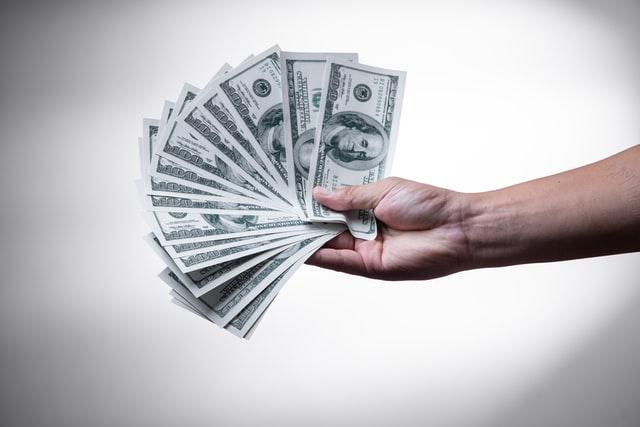 В Україні зростає курс долара