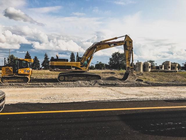 В Україні можуть дозволити реконструкцію доріг без спецдозволів