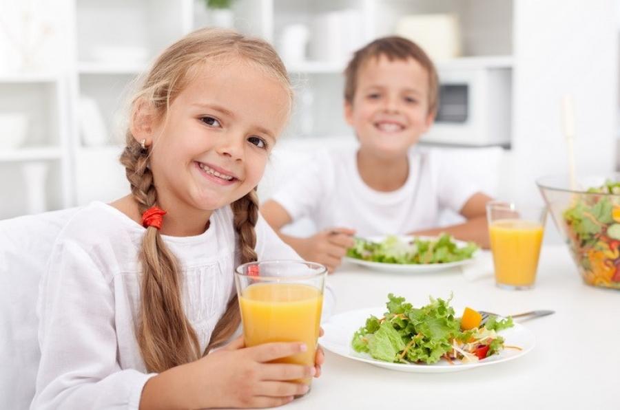 Дієтичне харчування та згідно з нормами ВООЗ: що змінилося в шкільному раціоні