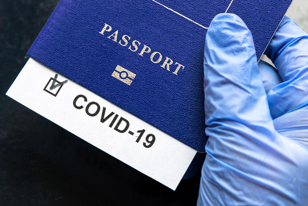 COVID-сертифікати для подорожей будуть готові до літа, – віце-президент Єврокомісії