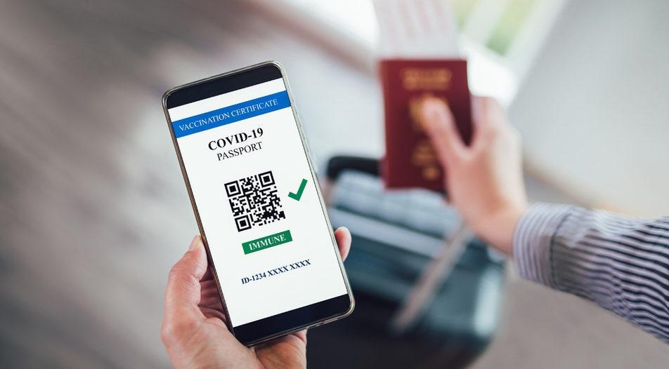 Українцям дозволили їхати за кордон із цифровими Covid-сертифікатами